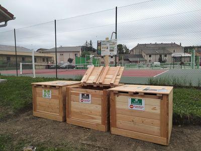 Aire de compostage partagé à La Bâtie-Neuve (terrain multisport)