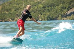 Wake-board sur le lac - par Natu'roll