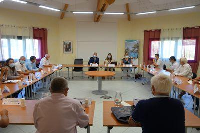 Rencontre officielle entre les représentants - La Bâtie-Neuve